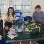 students school eating lunch