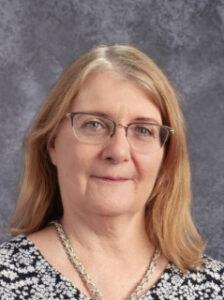 Root, Linda portrait principal private school